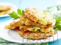 Пържени панирани кюфтета от тиквички и магданоз - снимка на рецептата